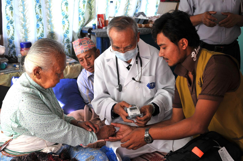 Send Aid to Nepal_04_slideshow 01