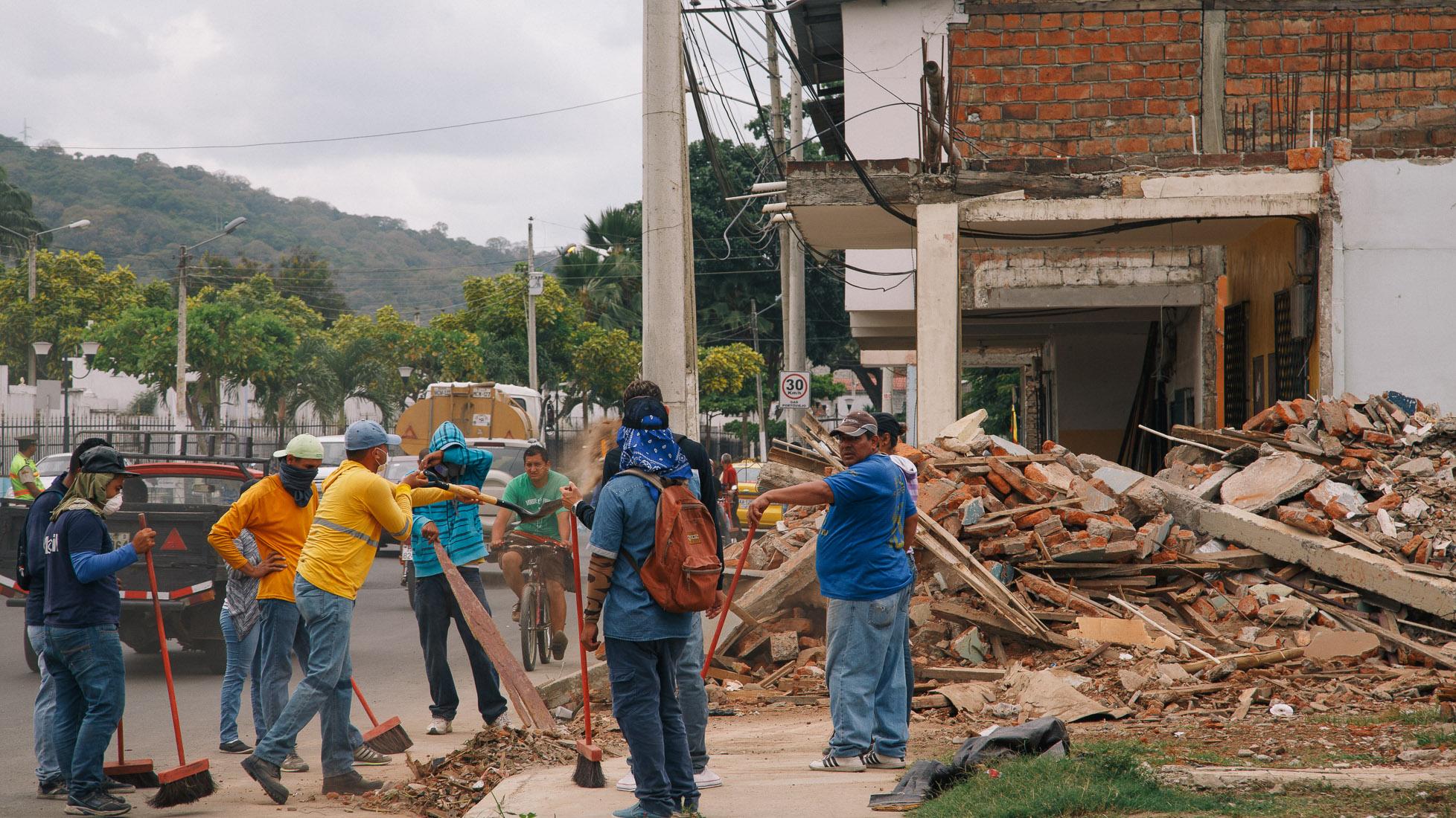 ecuador-earthquake-28